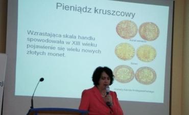 2012_10_Ekonomiczny Uniwersytet Dziecięcy_1