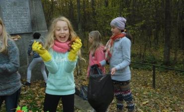 2015_11_Zaduszki w Lesie Krępieckim_9
