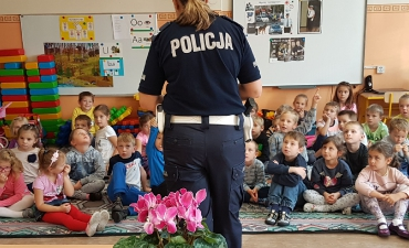 2018_10_policjantka_36