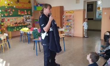 2018_10_policjantka_42